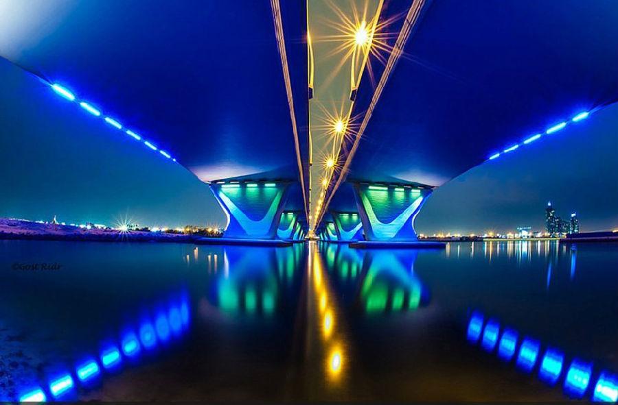 迪拜飞行员万米高空拍机舱